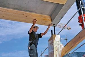 Die Doppelstützen sind mit den HBV–Deckenelementen gegen das Ausziehen über Rohr-Dorn-Steckverbindungen gesichert. Dieses Prinzip der Rohbaukonstruktion sichert die vertikale Maßhaltigkeit des Gebäudes und garantiert die planmäßige und zügige Höhenentwicklung