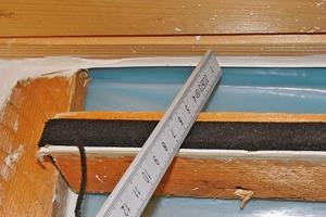 Bild 6: Abschluss der PE-Folie bei der Dachschalung