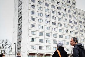 In fünf geführten Touren entdeckten die Teilnehmer die architektonischen Highlights Weimars, darunter die Internationale Bauausstellung (IBA), Stadtbaugeschichte in der Jakobsvorstadt, das klassische Weimar mit Herderzentrum, Wohnhäuser der Moderne&nbsp; sowie das Bauhaus-Museum.<br />