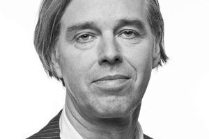 """<div class=""""fliesstext_vita""""><strong>HPP Architekten GmbH</strong><br /><br /><strong>Gerd Heise</strong><br />Gerd Heise wurde 1953 in Oberhausen geboren. Nach seinem Architekturstudium an der Fachhochschule in Köln war er zunächst an der Bibliotheka Hertziana Palazzo Zuccari des Max-Planck-Instituts in Rom tätig. Seit 1980 arbeitet er für HPP, zunächst als Projektleiter, dann als Leiter der HPP Büros in Leipzig und Hamburg. 1994 wurde Gerd Heise Partner und Kommanditist der HPP KG. Heute leitet er als Gesellschafter die HPP Büros in Hamburg und Leipzig. Gerd Heise ist Mitglied im BDA sowie in der Architektenkammer Sachsen.</div>"""