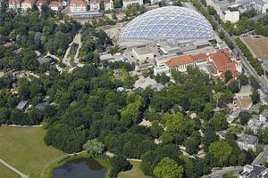 Luftbild des Areals um die Kongresshalle am Zoo Leipzig