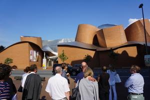 Architekturführung um und im Marta Museum in Herford