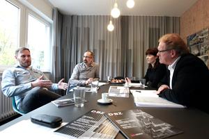 Treffen in Stuttgart mit Scope: Oliver Kettenhofen, Mike Herud, Desiree Behrens und Burkhard Fröhlich im Gespräch