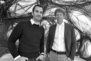 """<div class=""""autor_linie""""></div><h2>Autoren</h2><div class=""""autor_linie""""></div><p><strong>Prof. AA Dipl. (Hons.) Achim Menges (links),</strong> geb. 1975, ist Architekt BDA in Frankfurt und Professor an der Universität Stuttgart, wo er das von ihm gegründete Institut für Computerbasiertes Entwerfen und Baufertigung (ICD) seit 2008 leitet. Von 2009 bis 2015 war Achim Menges Gastprofessor an der Harvard Universität in Cambridge, USA. In seiner Forschung und Praxis untersucht Achim Menges das architektonische Potential integrativer, computerbasierter Entwurfs- und Fertigungsmethoden.</p><p></p><p><strong>Prof. Dr. Jan Knippers</strong> ist Bauingenieur. Er hat an der TU Berlin studiert und promoviert. Seit 2000 lehrt Jan Knippers an der Universität Stuttgart und ist Leiter des Instituts für Tragkonstruktionen und Konstruktives Entwerfen (ITKE). Schwerpunkt seiner Lehre und Forschung sind neue Werkstoffe und effiziente Strukturen für die Architektur. Jan Knippers ist Sprecher des DFG Sonderforschungsbereiches """"Biological Design and Integrative Structures"""". Seit 2001 ist er Partner in Knippers Helbig Advanced Engineering mit Büros in Stuttgart, New York und Berlin. Das Büro beschäftigt sich mit weitgespannten Tragwerken und komplex geformten Gebäudehüllen. </p><div class=""""autor_linie""""></div><p>Weitere Informationen unter: <a href=""""http://www.icd.uni-stuttgart.de"""" target=""""_blank"""">www.icd.uni-stuttgart.de</a>, <a href=""""http://www.itke.architektur.uni-stuttgart.de"""" target=""""_blank"""">www.itke.architektur.uni-stuttgart.de</a></p>"""
