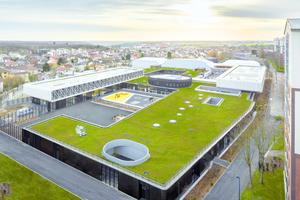 Das Grundstück des Schul- und Sportkomplexes im Stadtviertel Trivaux-La Garenne liegt in der Mitte eines insgesamt 5ha großen trapezförmigen Grundstücks (150x400m)