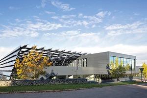 Das elobau werk 2, Leutkirch, von HHS Planer + Architekten aus Kassel, wurde mit dem Deutschen Solarpreis ausgezeichnet