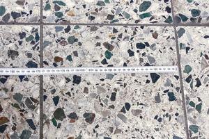 Bild 2: Belag aus Beton-Werksteinen