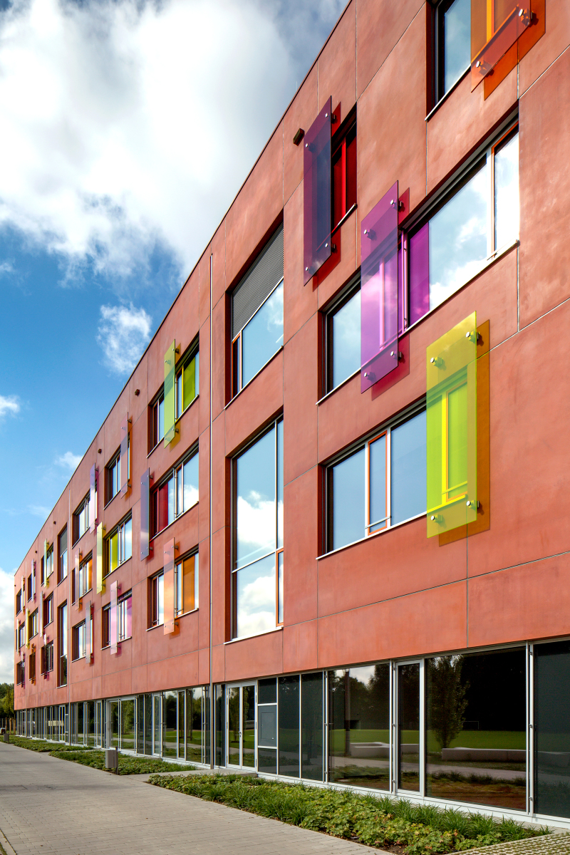 willibald gluck gymnasium neumarkt i d opf deutsche bauzeitschrift. Black Bedroom Furniture Sets. Home Design Ideas
