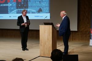 Burkhard Fröhlich, Chefredakteur DBZ, im Gespräch mit Karl-Heinz Lindenmaier, Josef Gartner GmbH