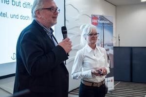 ... und Corinna Kretschmar Joehnk und Peter Joehnk von JOI-Design GmbH Innenarchitekten
