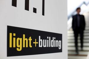 Light + Building 2018, wie immer im März, wie immer in FFM