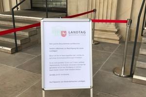 Landtagspräsidentin Gabriele Andretta lud zum Tag der offenen Tür