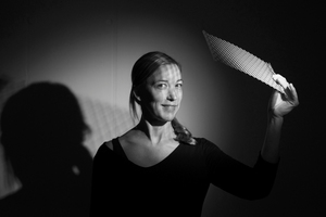 <p><strong>Licht Kunst Licht<br />Martina Weiss</strong></p><p></p><p>Martina Weiss hat nach dem Studium der Innenarchitektur an der Fachhochschule Rosenheim das Aufbau-Masterstudium Light and Lighting an der Bartlett School of the Built Environment, University College of London absolviert und danach praktische Erfahrungen in internationalen Lichtplanungsbüros in London und Sao Paulo gesammelt. Seit 2007 arbeitet sie im Büro Licht Kunst Licht und ist als Team- und Projektleiterin tätig.</p>