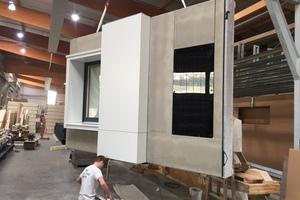 Die modulare Vorhangfassade mit maximal inte-grierten HVAC-Komponenten und -Systemen