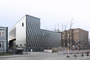 Ansicht Sellerstraße. Im Hintergrund das alte Umspannwerk, das vor Jahren für Büronutzung umgebaut wurde<br />