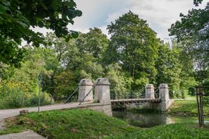 Ausgezeichnet: Schaukelbrücke im Park an der Ilm, Weimar