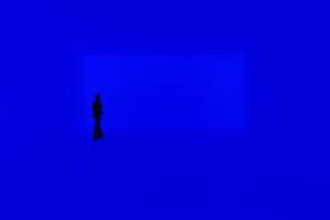 """So wird die Ganzfeld-Installation """"Aural"""" im Jüdischen Museum erscheinen (Ganzfeld """"Aural"""", 2004) Dieses Werk gehört zur Reihe der Ganzfeld Pieces, von denen nun zum ersten Mal eines in Berlin präsentiert wird. Die begehbare Lichtinstallation ist eine Schenkung von Dieter und Si Rosenkranz an die Stiftung Jüdisches Museum Berlin"""