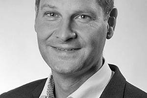 """<div class=""""autor_linie""""></div><h2>Autor</h2><div class=""""autor_linie""""></div><p>Dr. Andreas Meier ist bei der Müller-BBM GmbH verantwortlich für den Bereich Bauakustik von Gebäuden. Auf diesem Gebiet verfügt er über mehr als 20 Jahre Praxiswissen, das er als Lehrbeauftragter an der TU München und der HS Augsburg an Studierende weitergibt. Er wirkt bei der Weiterentwicklung von Berechnungsverfahren und Normen mit. Müller-BBM ist eine der führenden Ingenieurgesellschaften in allen Bereichen der Akustik, der Bauphysik und des Umweltschutzes.</p><div class=""""autor_linie""""></div><p>Weitere Informationen: </p><p><a href=""""http://www.poroton.de"""" target=""""_blank"""">www.poroton.de</a>; <a href=""""http://www.muellerbbm.de"""" target=""""_blank"""">www.muellerbbm.de</a></p>"""