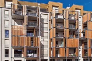 Die Gartenseite der Boyenstraße bietet hohe Wohnqualität im städtischen Umfeld mit einem vorgestellten Balkonregal