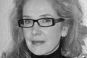 """<div class=""""autor_linie""""></div><h2>Autorin</h2><div class=""""autor_linie""""></div><p><span class=""""kastentext_hervorgehoben"""">Susanne Ehrlinger</span> ist freie Autorin und lebt in Berlin. </p>"""