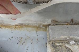Bild 9: Abdichtungsanschluss auf dem rauen Putz