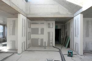 Atelier-/Büroraum unterhalb der Dachterrasse