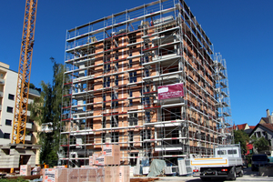 Rohbau Haus III: Dank seiner mineralischen Dämmstoff-Füllung erreichen die Gebäude die KfW-Effizienzhausstandards 70 und 55.<br /><br /><br />
