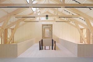 Architekten und Tragwerksplaner entwickelten gemeinsam die einfache und elegante Holzkonstruktion