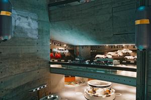 Mercedes-Benz Mu-<br />seum: Ausstellung und Architektur wirken trotz aller formaler Unterschiedlichkeit symbiotisch