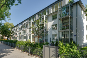 Im Stadtbezirk Neuhausen-Nymphenburg steht die frisch sanierte Wohnanlage des Beamten-Wohnungsvereins (bwv). Mit vier Häusern und insgesamt 20 Wohnungen befindet sie sich in einer der attraktivsten Wohnlagen Münchens.