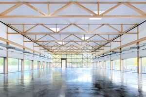 BauBuche-Fachwerk für die Produktionshalle der Firma Elobau in Probstzella
