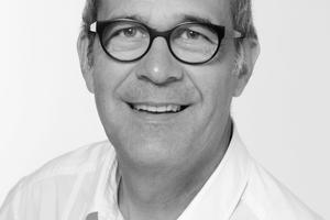 """Autor  Konrad Merz, Bauingenieur, Gründer und Geschäftsführer merz kley partner, Dornbirn/AT und Altenrhein/CH. Er ist Leiter des Masterlehrgangs """"überholz"""", Kunstuniversität Linz/AT. merz kley partner war an allen im Artikel gezeigten Projekten als Tragwerksplaner beteiligt und betreut auch die meisten Projekte von Florian Nagler.  Informationen unter: <a href=""""http://www.mkp-ing.com"""" target=""""_blank"""">www.mkp-ing.com</a>"""