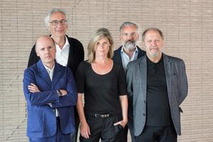 Fünf international renommierte Architekten kürten die Gewinner des Brick Award 2018. Die Jury waren (v.l.): Jonathan Sergison, Marc Mimram, Anne Kaestle, Stephan Ferenczy und Vladimir Arsene