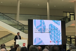 Für Niedersachsens Bauminister Olaf Lies war es die erste Preisverleihung des Niedersächsischen Staatspreises für Architektur seit seiner Amtseinführung