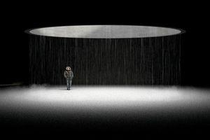 Tobias Rabold erhielt eine besondere Auszeichnung für Genius Vacui. about emptiness, void and absence. Die Arbeit schlägt eine Struktur im Zentrum von Berlin vor, die öffentliche Leere anbietet – einen demokratischen Ort der Besinnung, des Rückzugs und der Ruhe. Der Entwurf besteht aus einer umgebenden Mauer, einem rasterartig angelegten Wald aus Pappeln sowie einem Pavillon in der Mitte. Die Jury ist fasziniert von der Auseinandersetzung des Autors mit dem Phänomen des Nichts und der Leere in der Architektur: Wo nichts ist, kann alles sein – eine Architektur,die durch jeden einzelnen Nutzer ihre individuelle Bedeutung erhält.