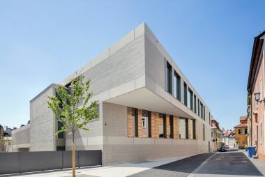 Maria-Ward Schule, Bamberg – PECK.DAAM Architekten,