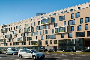 Das Projekt 55 Frames erfüllt die urbanen Wohnansprüche der modernen Gesellschaft auf verschiedenen Ebenen und mit unterschiedlichen Formaten: Vom luftigen Penthouse über eine Vielzahl sehr individuell geschnittener Wohnungen, bis hin zu den Townhouse- und Gartenwohnungen im Erdgeschoss<br />