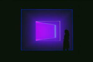 James Turrell, Wedgework, 2016, Installation, fluorescent Light, LED 3,8x8x15m