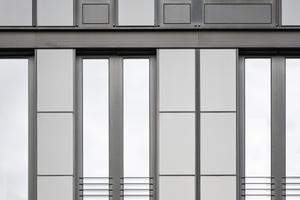 Die CIGS-Dünnschichtmodule wurden gemeinsam mit einem Industriepartner am ZSW entwickelt und in Baden-Württemberg produziert