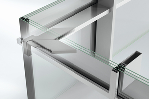 Abb.10: Ganzglasecke mit extrem schmalen Pfos-ten-Riegel-Profilen (FWS 35 PD)
