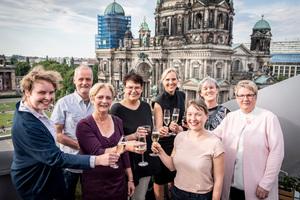 DBZ-Redaktion (v.l.): Mariella Schlüter, Benedikt Kraft, Ute Rodermond, Inga Schaefer, Sandra Greiser, Sarah Centgraf, Beate Bellmann und Birgit Kahmen-Knurr