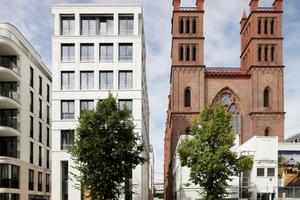 """Die Friedrichswerdersche Kirche steht ohne statische Reserven. Links die """"Kronprinzengärten"""""""