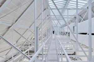 Abb. 2: Dachraum des Albertinums in Dresden mit stark streuender Dachverglasung für homogene Unteransicht der Lichtdecke