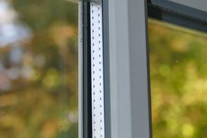 Bild7: Fenster mit einer glasteilenden Sprosse