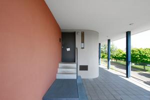 Eingang Weissenhofmuseum (mit Mitteln der Wüstenrot Stiftung 2002-2005 denkmalgerecht saniert)
