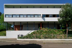 Doppelhaus (heute Weissenhofmuseum) von Le Corbusier mit Pierre Jeannere