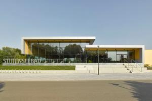 Das neue Hallenbad in Stutensee wurde unter dem Blickwinkel der Nachhaltigkeit errichtet.<br />