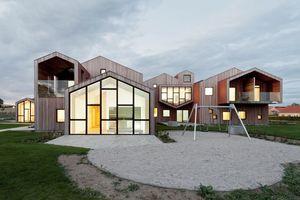Unter steilem Dach: Children's Home for the Future – CEBRA Architecture, Aarhus/DK