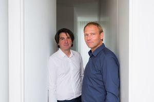 "<p>zanderrotharchitekten<br /><br />v.l.: Christian Roth, Sascha Zander<br /><a href=""http://www.zanderroth.de"" target=""_blank"">www.zanderroth.de</a></p>"