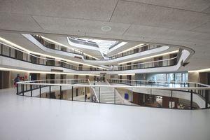 Mit 11 weiteren Gewinner: Neubau Erzbischöfliches Berufskolleg, Köln